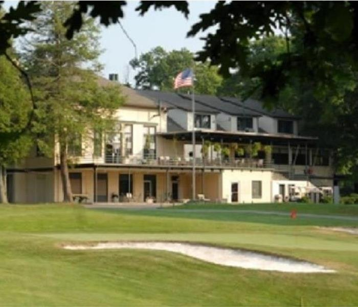Community Black Knight Country Club is purchased by the City of Beckley